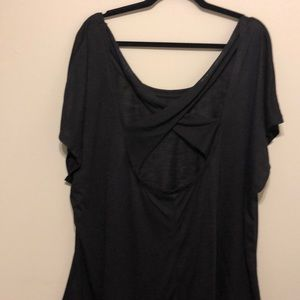 1x NWOT strappy back detail t shirt!